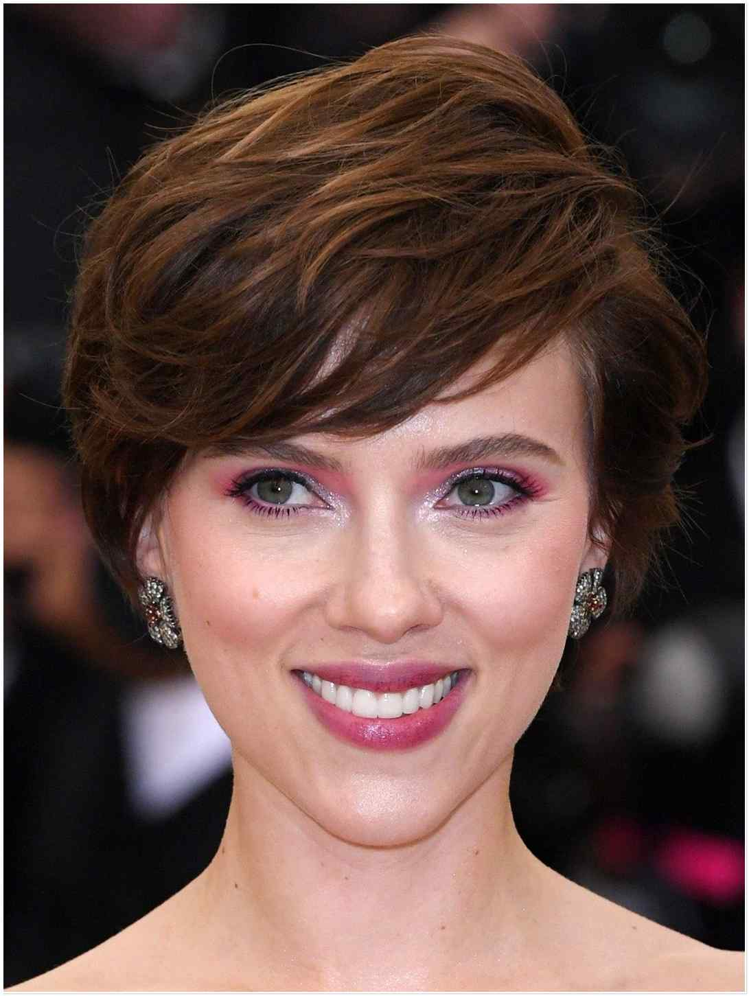 Scarlett Johansson Net Worth Measurements Height Age Weight
